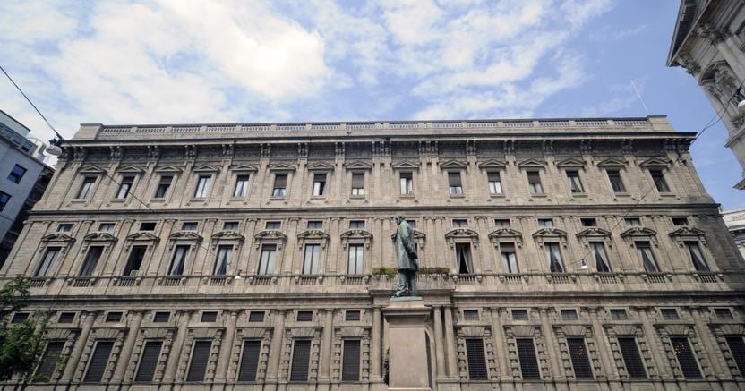 Ufficio Di Anagrafe Milano : Uffici comunali al freddo in via oglio a milano