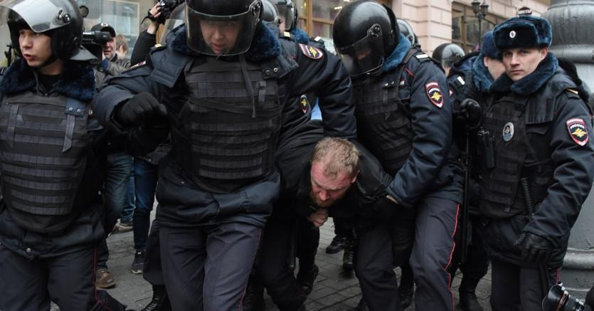 Nuove proteste a Mosca, decine di arresti