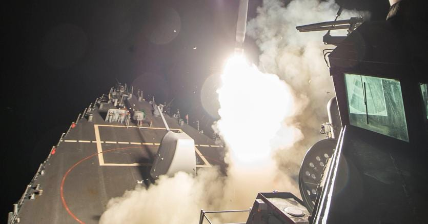 59 missili Usa su base aerea siriana: le reazioni nel mondo