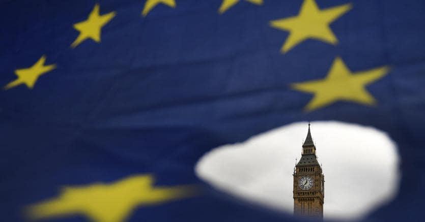 Brexit: Londra pensa ad un visto per i giovani lavoratori