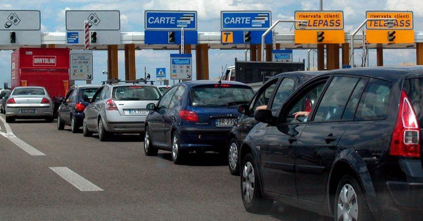 Atlantia vende il 10% di Autostrade per 1,48 miliardi