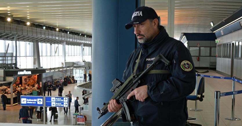 Italia: pianificava attentato, arrestato marocchino