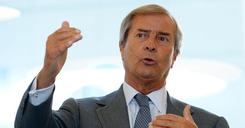 Vivendi rilancia sull'Italia: non molliamo né Tim né Mediaset