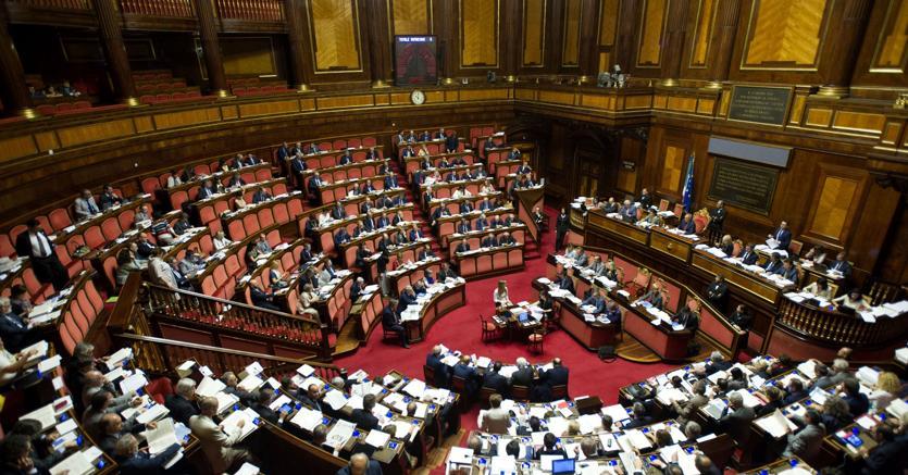 DEF, risoluzione maggioranza sollecita taglio cuneo e revisione aliquote Irpef