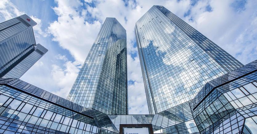 Deutsche Bank: utile trimestre +143%