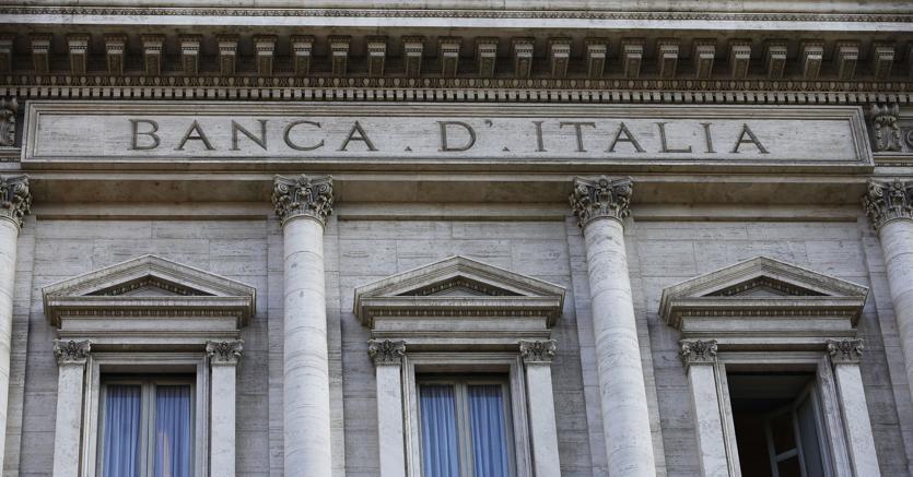 La Banca d'Italia dice che la ripresa aiuta famiglie e imprese