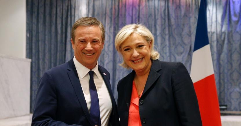 Le Pen accusata di plagio: Ha copiato un discorso di Fillon