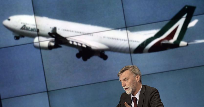 Alitalia, approvato prestito ponte da 600 milioni