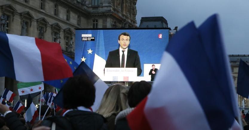 Francia, vescovi a Macron: