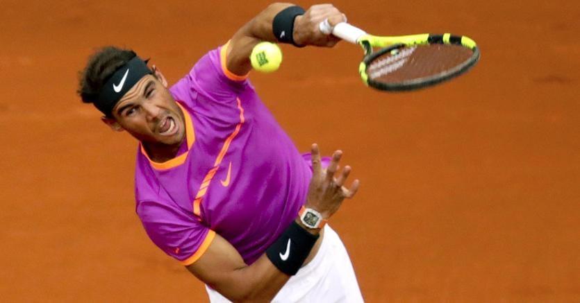 Tennis, Federer salta il Roland Garros: