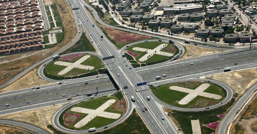 Atlantia lancia Opas su Abertis, nasce leader mondiale delle infrastrutture di trasporto
