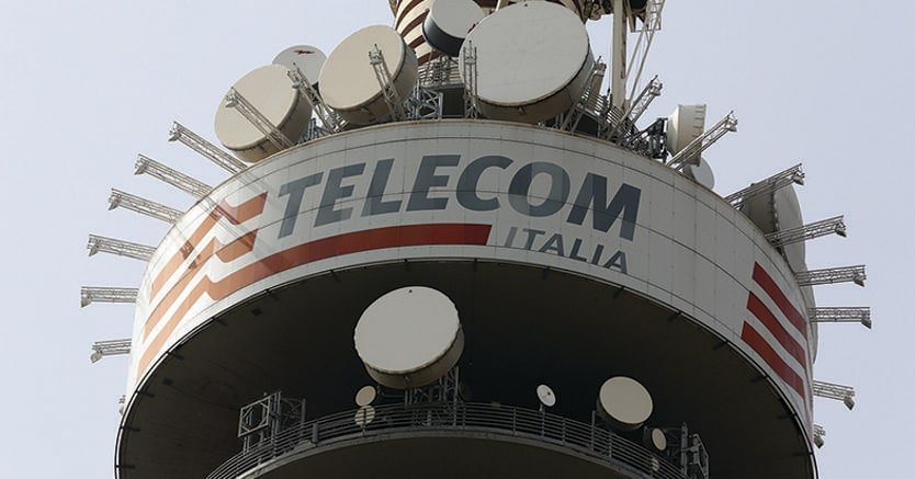Telecom Italia-Vivendi, l'ok di Bruxelles condizionato alla cessione delle quote in Persidera