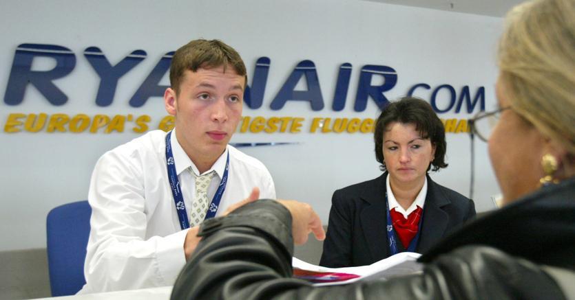 Ryanair, utili e passeggeri record
