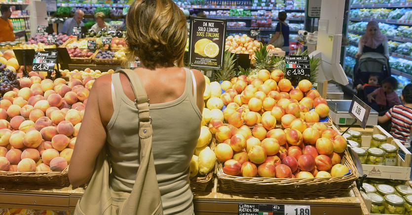 Inflazione meno 0,2% a maggio Prezzi giù anche in Europa: +1,4%