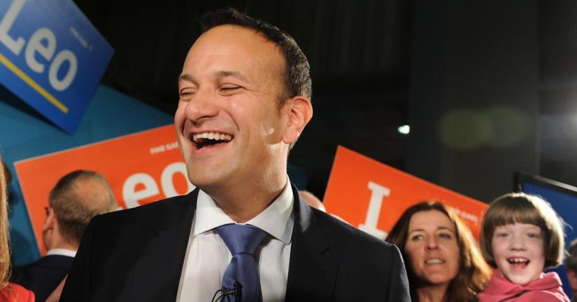 Irlanda: Varadkar sarà nuovo premier, figlio di immigrati indiani