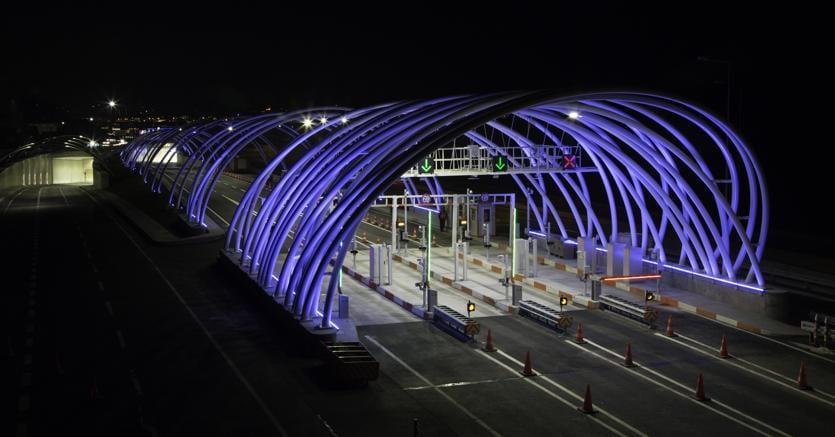 La marchigiana iguzzini illumina il tunnel tra europa e asia il