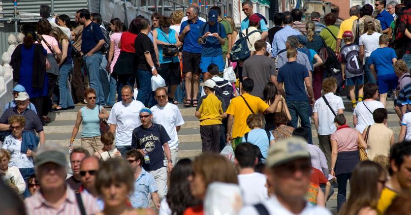 ISTAT: sempre meno nascite e residenti, ma crescono gli stranieri