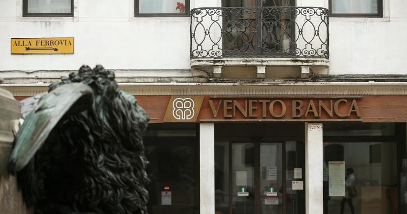 Veneto Banca, congelato il bond il governo scongiura il fallimento