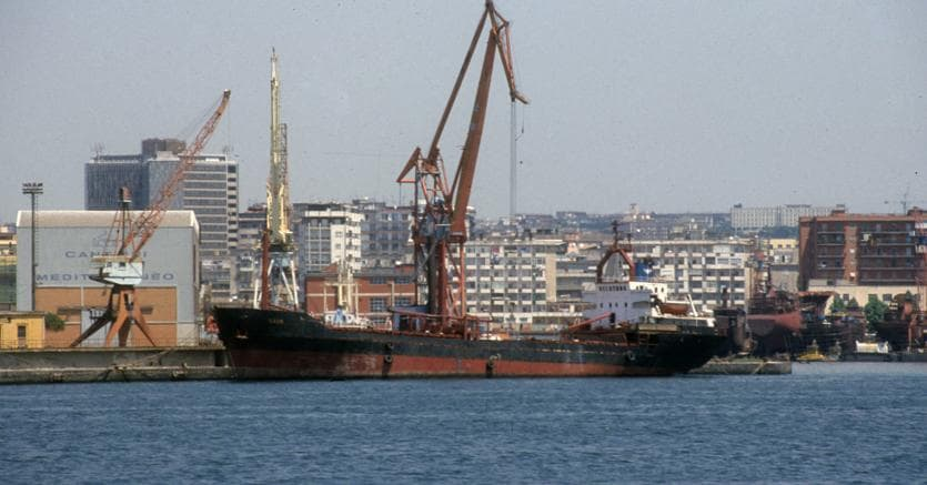 Porto di Napoli - Imagoeconomica