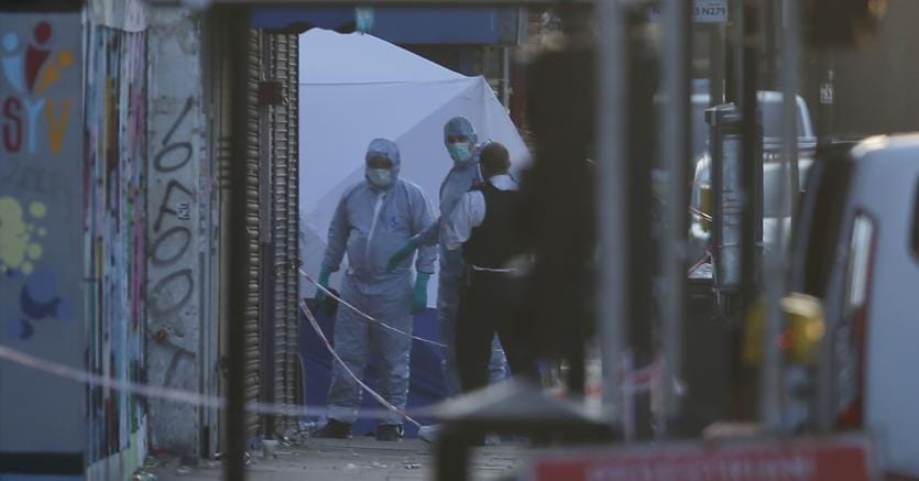 """Londra, il terrore colpisce i musulmani: un morto e 10 feriti"""""""