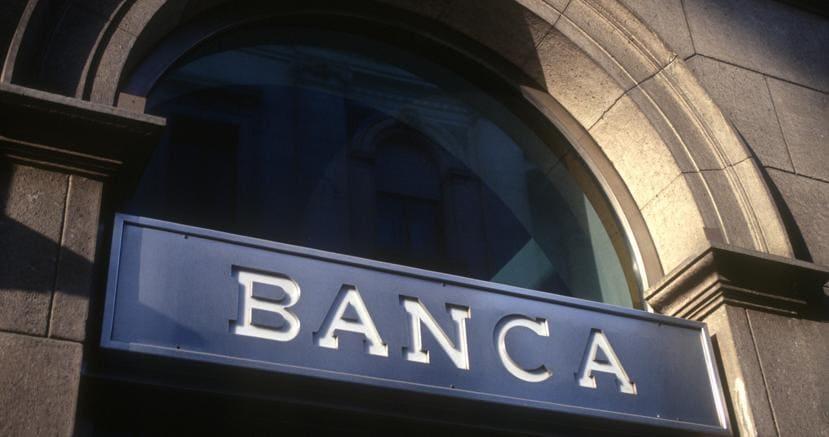 Banche: Abi, sofferenze nette in calo a 77,2 miliardi ad aprile