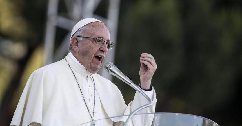 Papa Francesco condanna le pensioni d'oro: