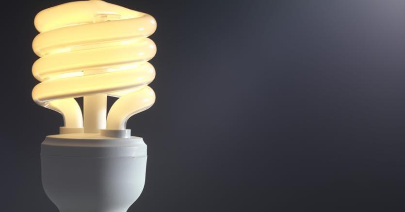Tariffe: da luglio luce +2,8%, gas -2,9%