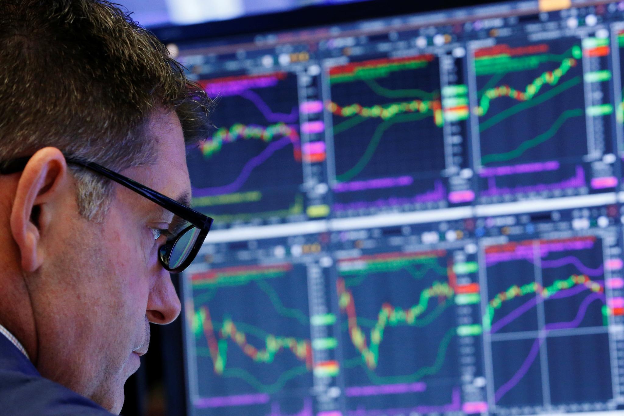 Borse gi¹ per le tensioni in Asia L euro vola oltre 1 2 dollari ai