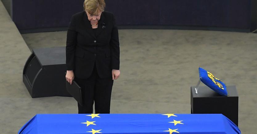 L'ultimo saluto a Helmut Kohl