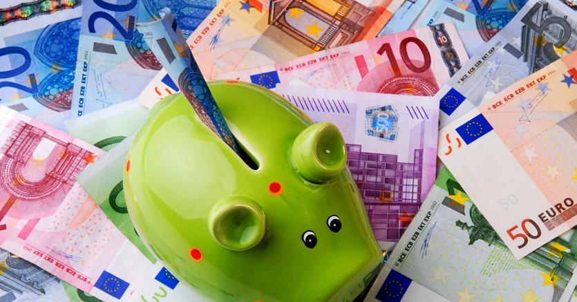 Padoan: 'Sistema bancario fuori dalla crisi, ma non ancora in salute…'