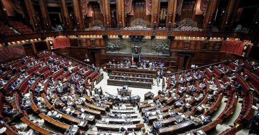Vaccini: il decreto legge oggi alla Camera dei deputati