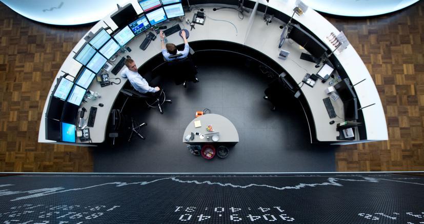Fincantieri, altolà della Francia su Stx: e il titolo perde il 12%