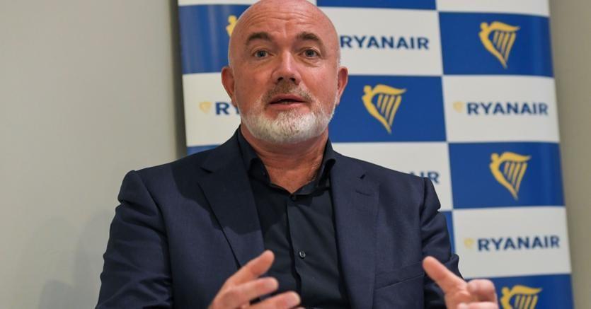 Offerte preliminari per Alitalia, termine scade oggi. Fuori Ryanair
