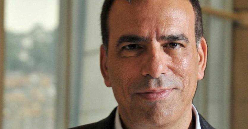Tim, multa da 298 milioni di euro e cessione di Telecom Sparkle