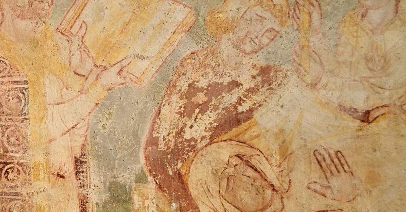 lL Vergine nella chiesa di Saint Pierre di Brancion, nell'affresco ormai quasi sparito
