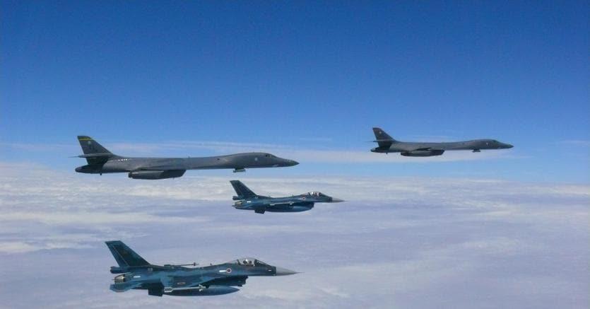 Aerei Usa decollati dalla base di Guam (Afp)