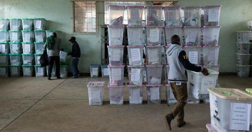 Kenya, dopo il voto scontri tra polizia e manifestanti: un morto