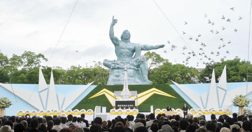 La cerimonia nel Parco della Pace di Nagasaki