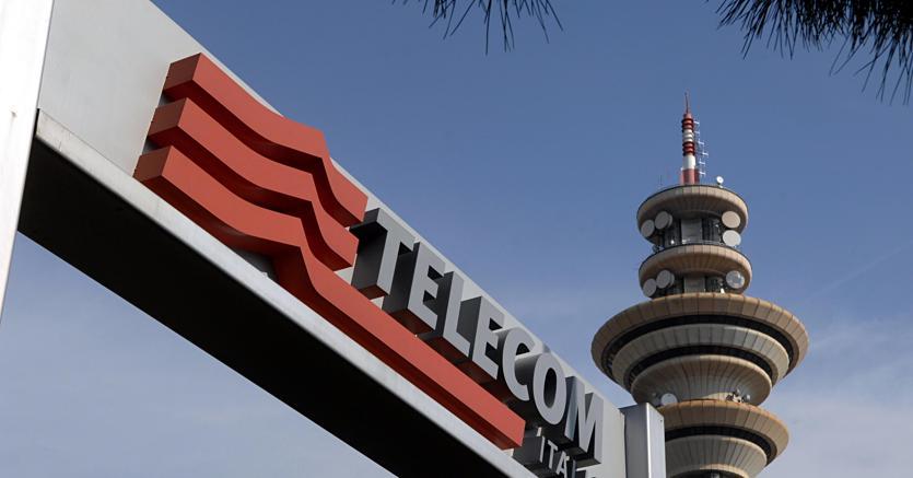 TIM accelera sulla fibra: accordo per co-utilizzo infrastrutture con UTILITALIA