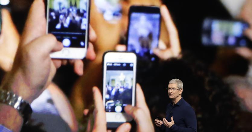 Al via l'evento Apple con un omaggio a Steve Jobs