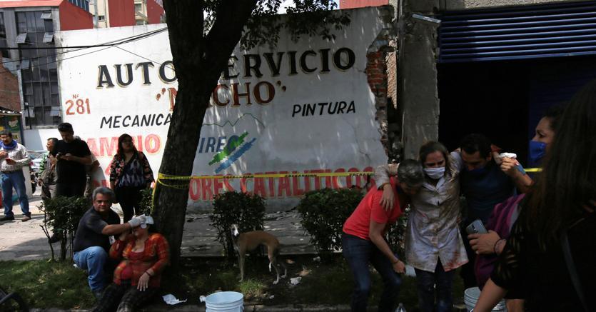 Terremoto in Messico, oltre 200 morti e 4 milioni senza luce