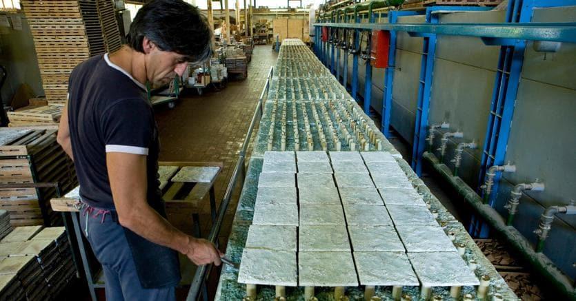 Ceramiche dall europa al far east continua la corsa dell - Produzione piastrelle ceramica ...