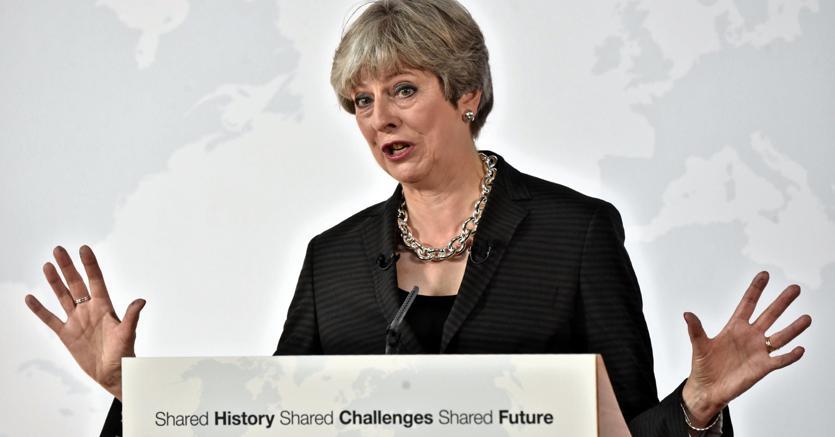 Theresa May durante il discorso che ha tenuto a Firenze (Ap)
