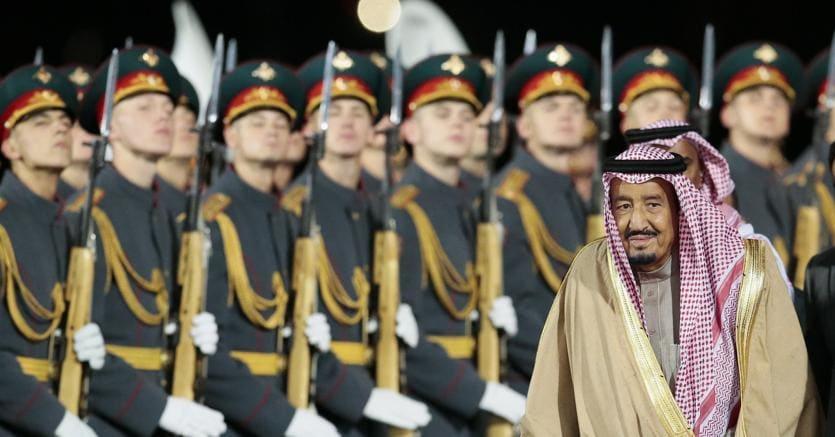 Onore al re. La visita di Salman d'Arabia è la prima di un monarca saudita in Russia