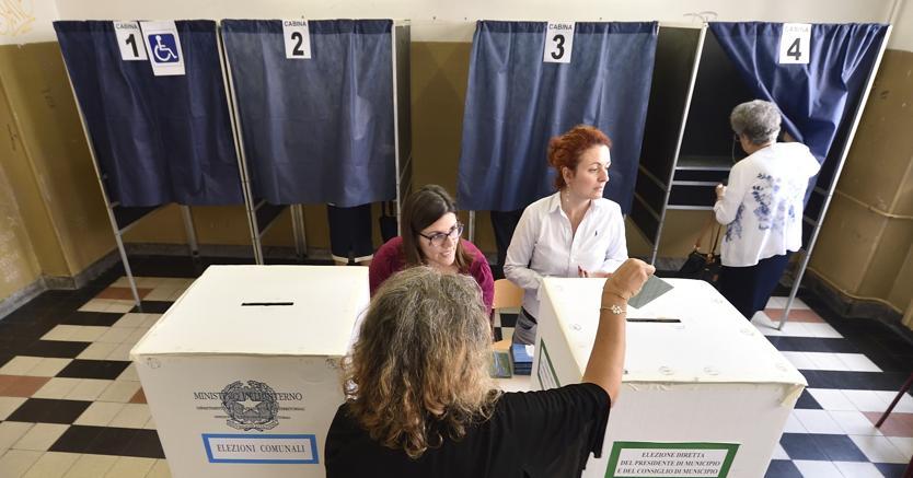 Scheda unica, niente voto disgiunto: come funziona la nuova legge elettorale