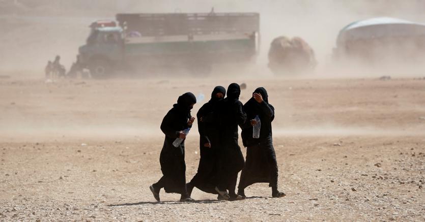 Riconquistata Raqqa, in fuga migliaia di miliziani Isis