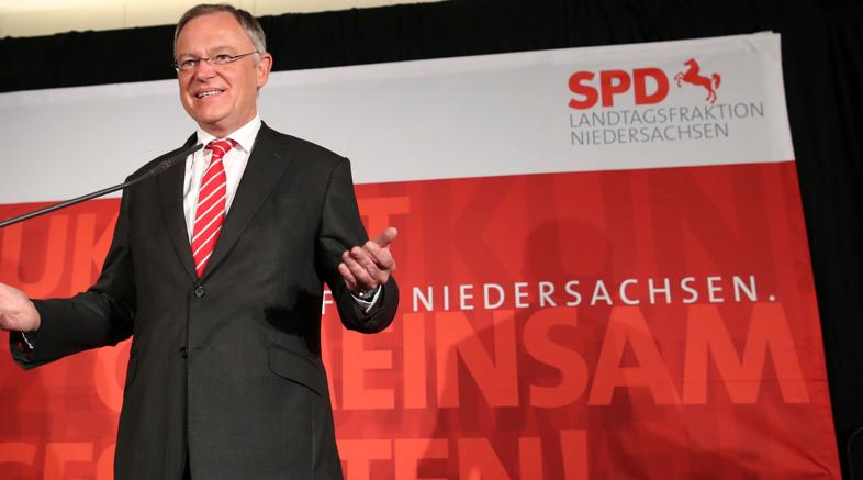 Exit poll Bassa Sassonia,Merkel battuta