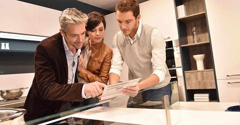 Mobili Italiani Triassi : Arredo design: il futuro dei negozi si gioca su digitale e