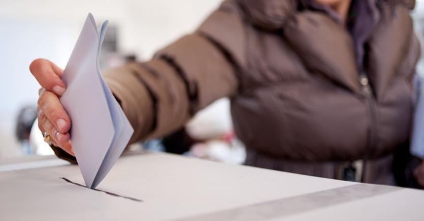 Il fronte del non voto stronca tutto e tutti: