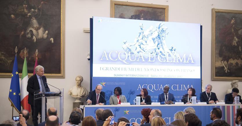 """Il ministro Gian Luca Galletti al summit """"Acqua e clima"""" (Ansa)"""